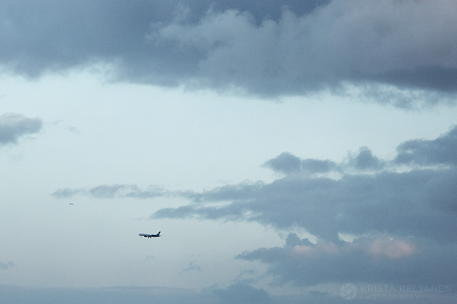 01-sky-clouds-airplane-photo-krista-keltanen-01